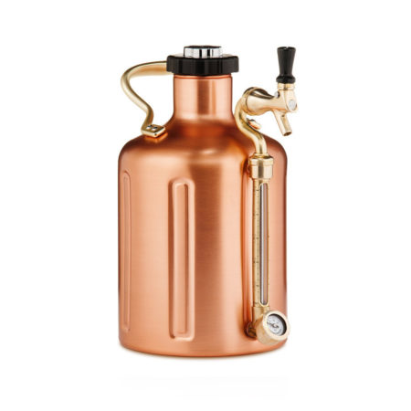 Pressurized craft beer growler keeps beer fresh for two weeks
