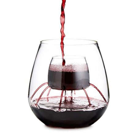 stemless wine glass that aerates wine in the glass