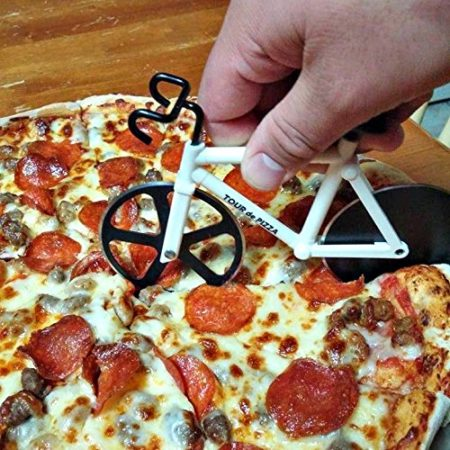 pizza cutter that resembles a racing bicycle